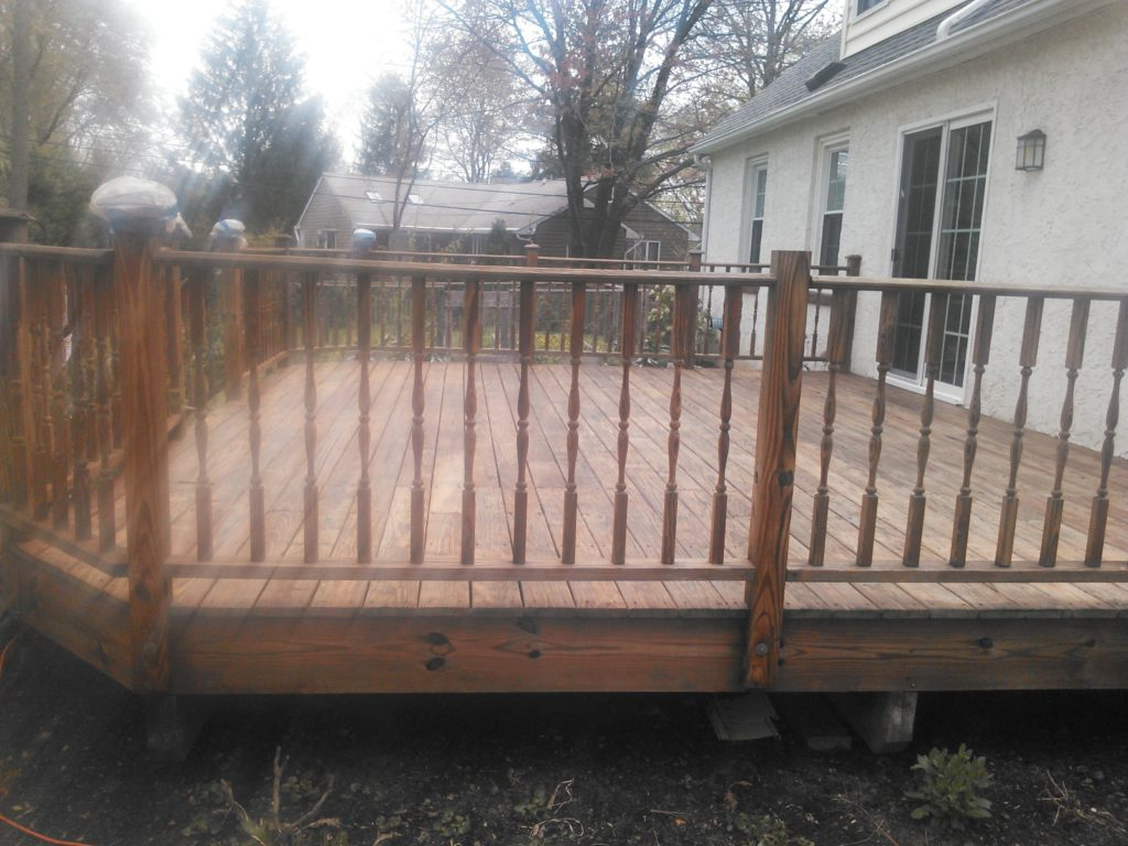 Deck Staining King of Prussia PA