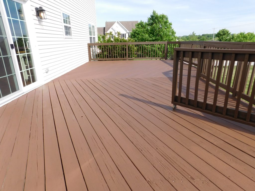 Paoli Deck Staining